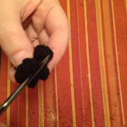 Schritt 8: Maus aus Wolle basteln