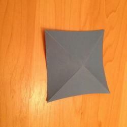 Schritt 4: Schmetterling aus Papier falten