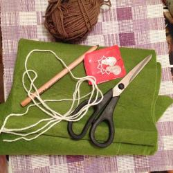 Schritt 1: Schöne Serviettenringe Basteln mit den Wollresten
