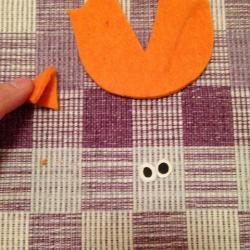 Schritt 14: Pinguin aus Wolle basteln