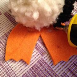 Schritt 15: Pinguin aus Wolle basteln