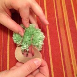 Schritt 10: Frosch aus Wolle basteln