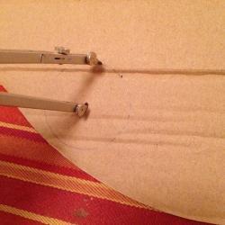Schritt 2: Marienkäfer Pompon aus Wolle basteln