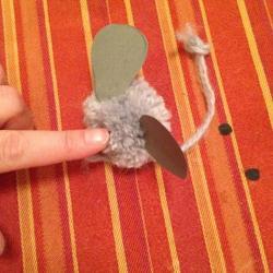 Schritt 15: Maus aus Wolle basteln