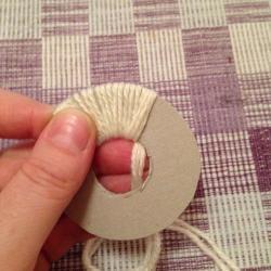 Schritt 5: Katze aus Wolle basteln