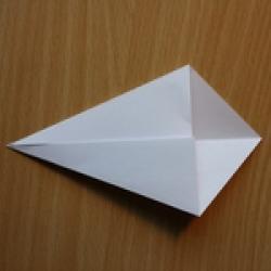 Schritt 3: Origami Schwan falten