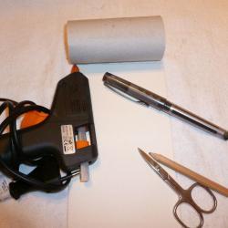 Schritt 1: Auto aus Toilettenpapier selbst basteln