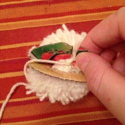 Schritt 10: Schaf aus Wolle basteln