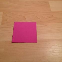 Schritt 1: Schmetterling aus Papier falten